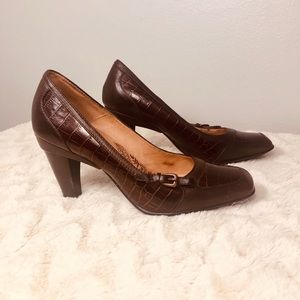 Sofft Teagan Brown Leather Heels